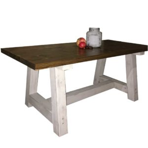 The-farmhouse-table