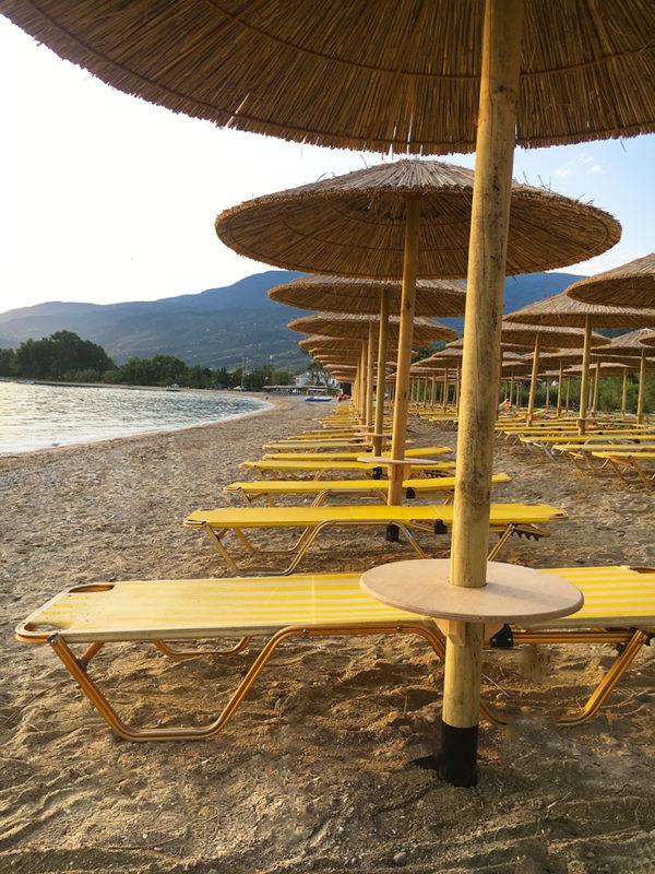 Τραπέζι ομπρέλας παραλίας στρόγγυλο